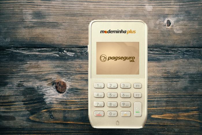 moderninha-plus-700x467 7 Melhores Máquinas de Cartão de Crédito que dispensam celular em 2019